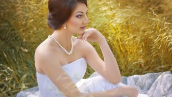 Svatební šaty pro malou postavu