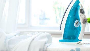 Jak žehlit svatební šaty
