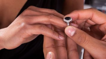 Zásnubní prsten