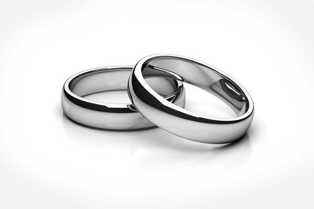 Materiály na snubní prsteny
