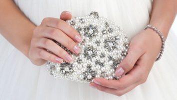 Kabelky a psaníčka pro nevěstu