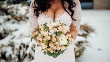 Jak vybrat svatební šaty pro velká prsa