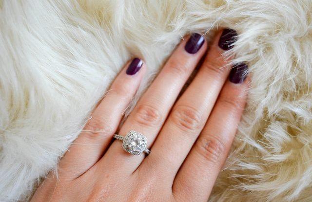 Fotografie zásnubního prstenu