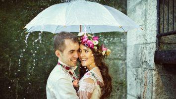 Svatební fotografie v dešti