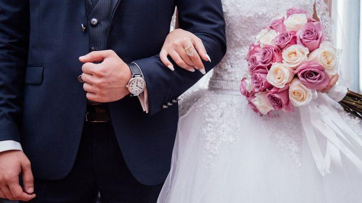 Jak vybrat svatební kytici